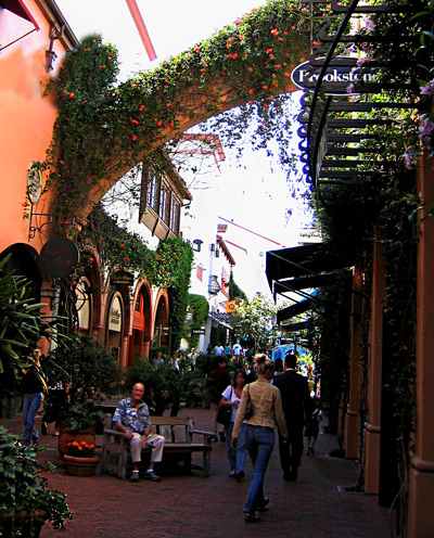Best shopping areas in downtown Santa Barbara California