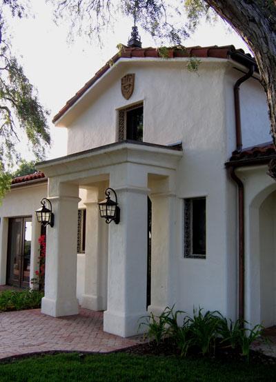 Santa barbara home design projects photos for Santa barbara style architecture