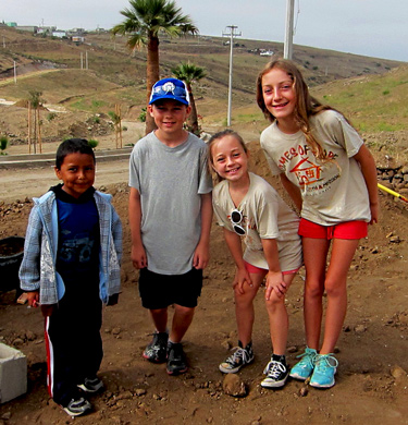 kids and families philianthropic opportunities, mission trips to Mexico from Ventura CA