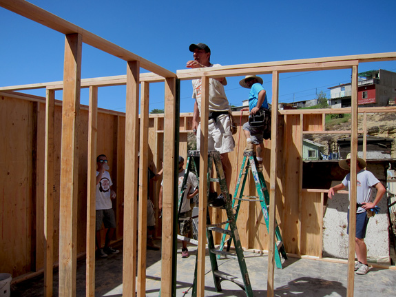 homes of hope mexico framing team