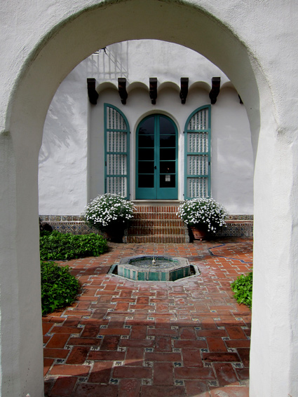 George Washington Smith architectural design photos and images in Montecito and Santa Barbara California