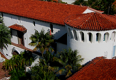 best red tile roof photos of Santa Barbara courthouse