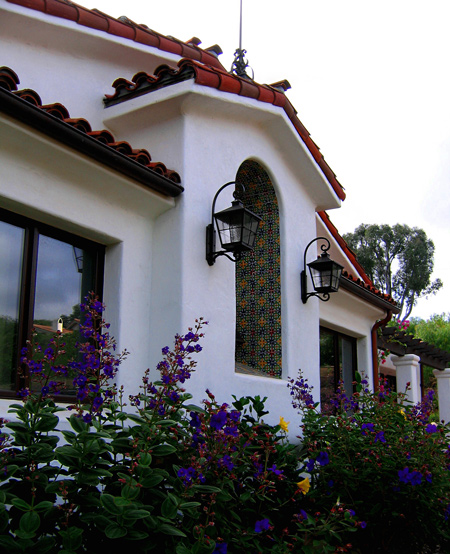 Spanish Style Home Exteriors: Spanish Style Homes In Santa Barbara California. Designers